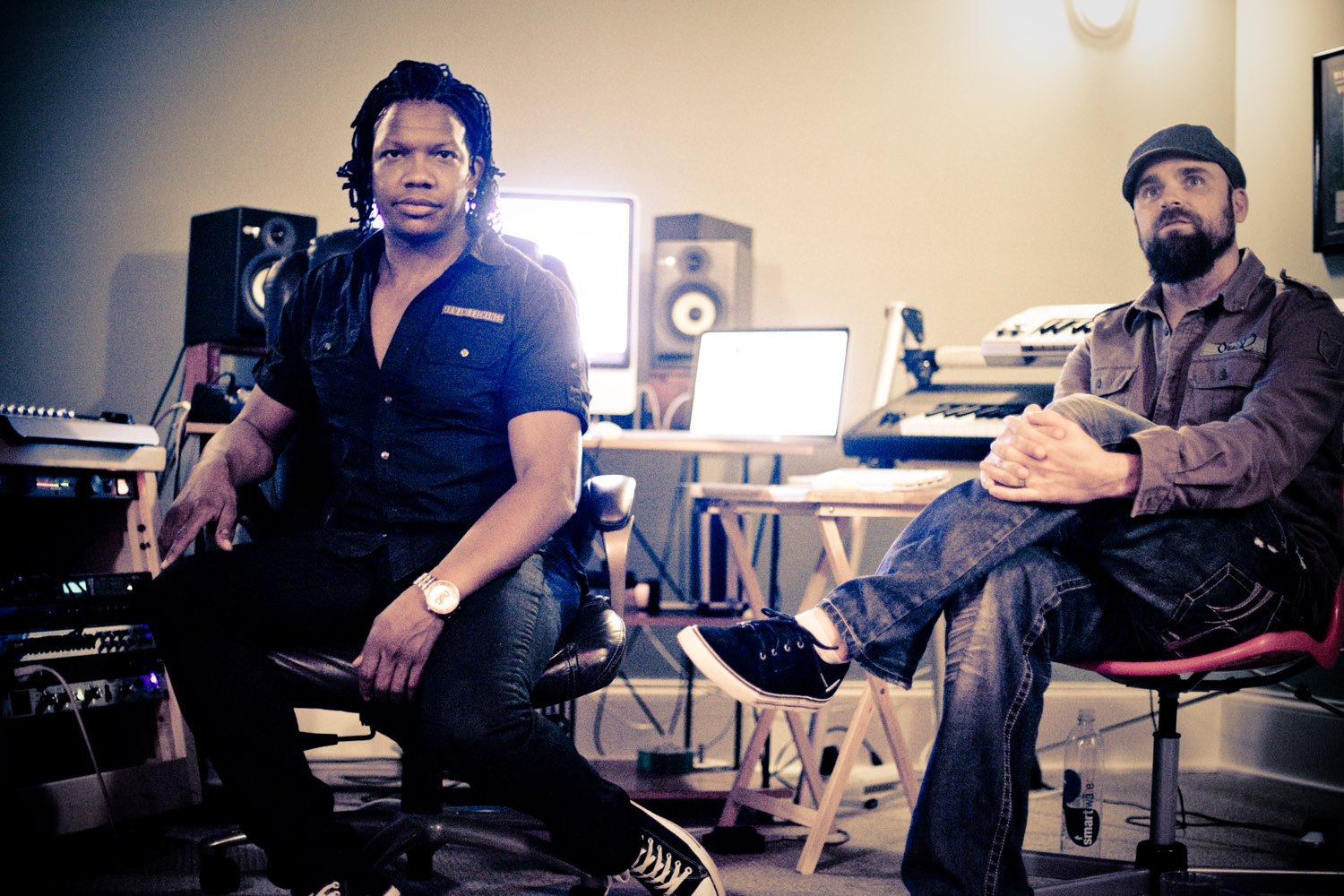 Displaying 20> Images For - Michael Tait...